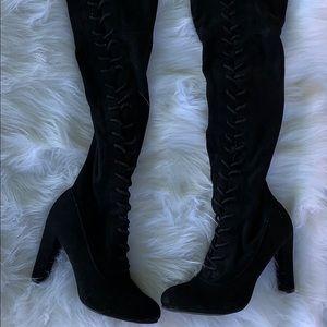 High-heel Boots